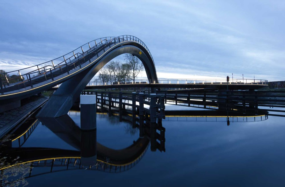 Melkwegbrug / NEXT Architects