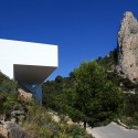 Casa En Un Acantilado / Fran Silvestre Arquitectos  Diego Opazo