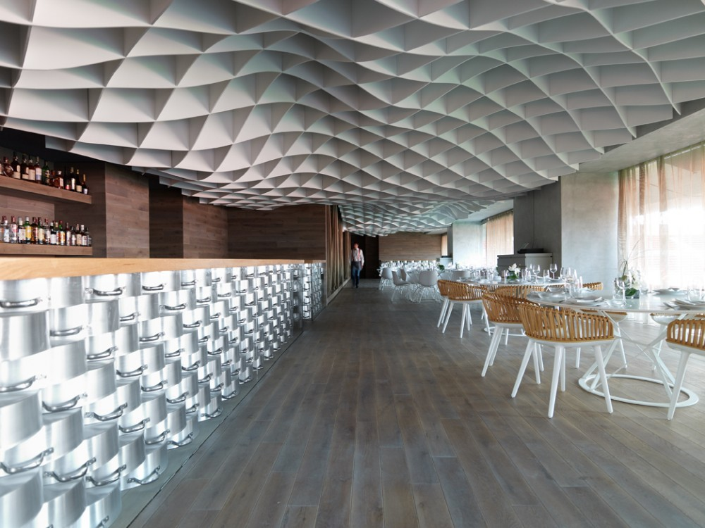 V&#8217;ammos Restaurant / LM Architects