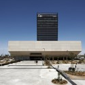 Headquarters Caja de Badajoz / Studio Lamela Architects  Daniel Schfer