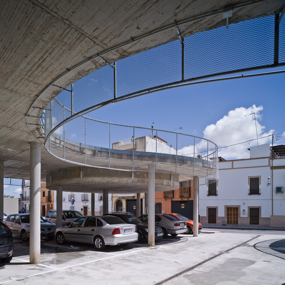 High Square / Francisco J. Nicols Ruy-Daz