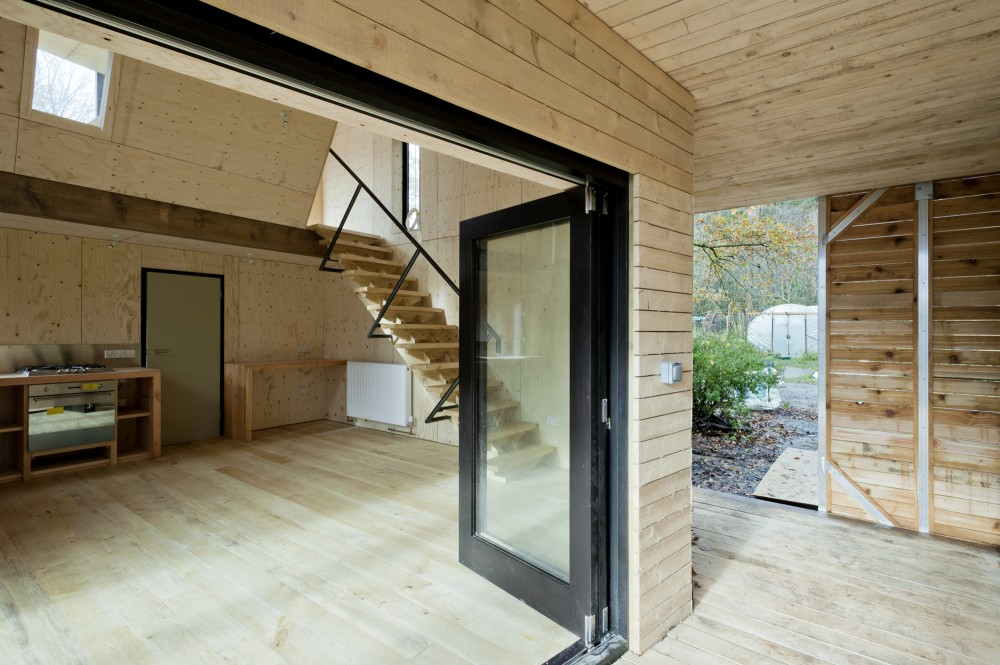 Caretaker's House / Invisible Studio + AA Inter 2