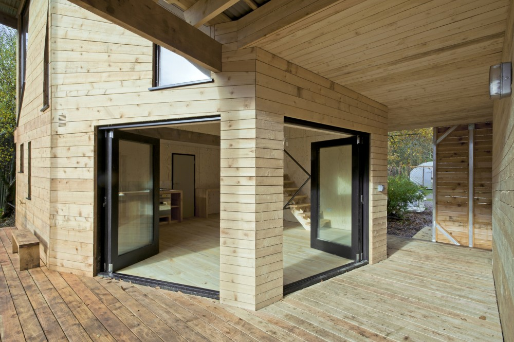 Caretakers House / Invisible Studio + AA Inter 2