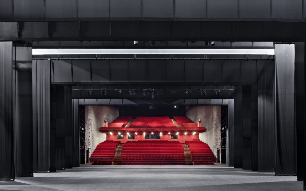 Saint-Nazaire Theatre / K-architectures