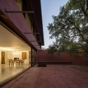Three Courtyards House / Miguel Marcelino  FG+SG