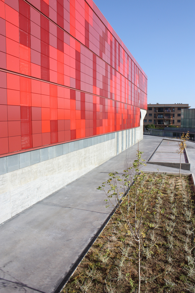Institute of Functional Biology and Genomics / Mata y Asociados