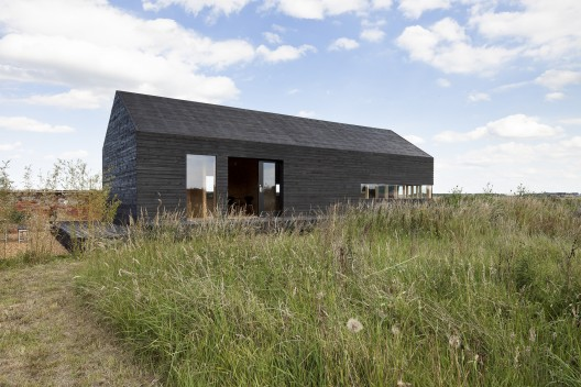 Stealth Barn / Carl Turner Architects © Tim Crocker