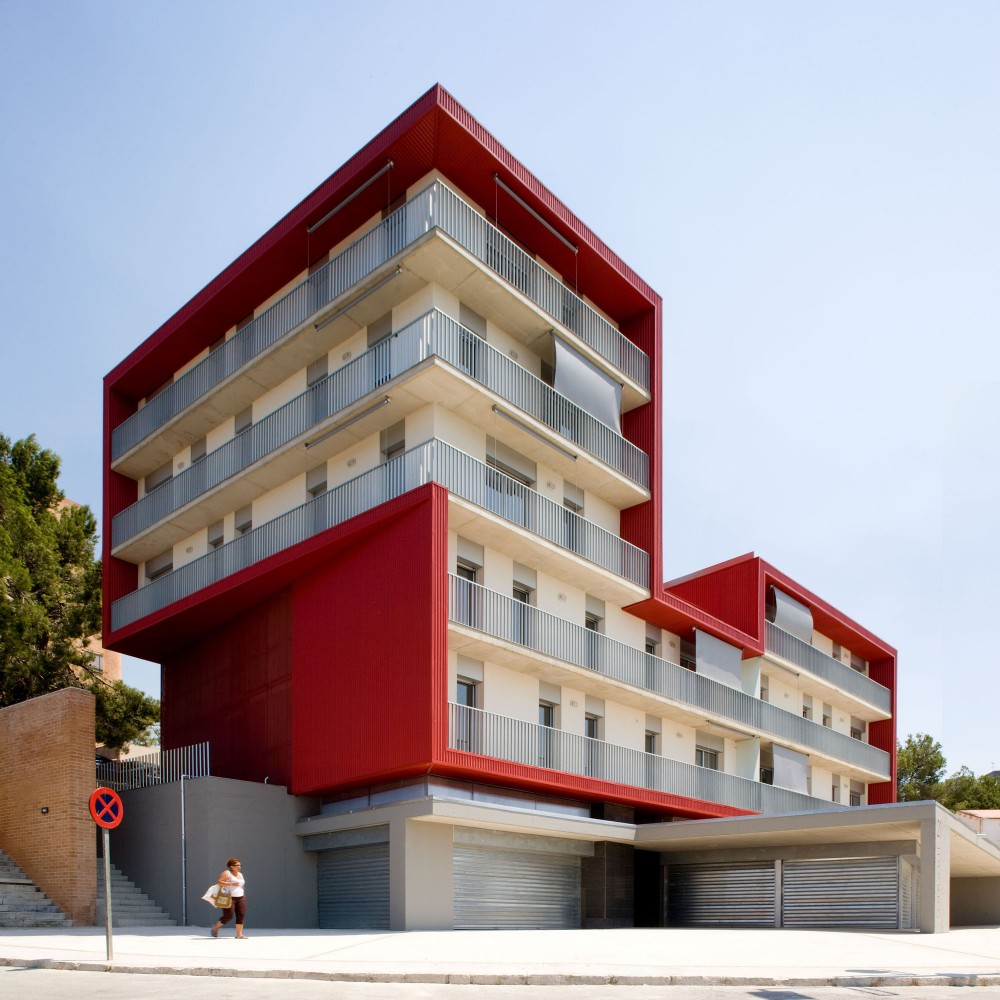 Social Housing Building in Tarragona / Aguilera Guerrero