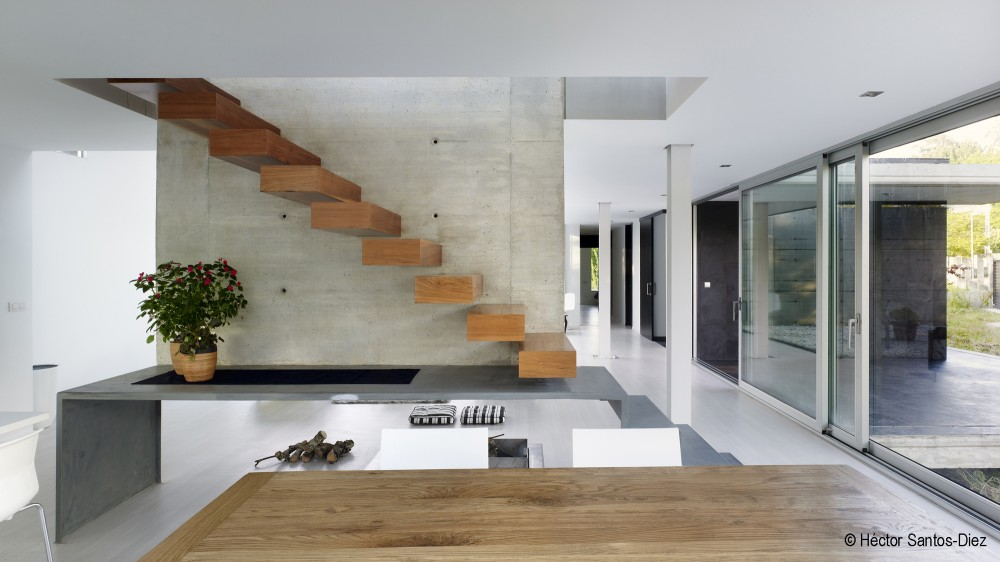 EINS House / scar Pedrs