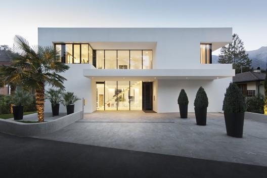 House m monovolume architecture design archdaily for Online architecture design for home