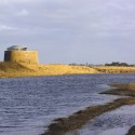 Martello Tower Y / Piercy&Company © Edmund Sumner