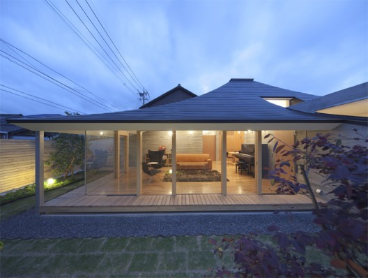 Broken Pitched Roof House Nks Architects Archdaily