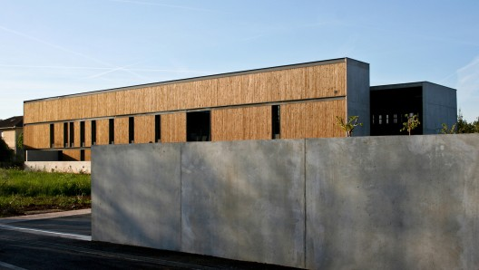 Daycare Center For Disabled Children / Atelier d&#039;Architecture Laurent Tourni Courtesy of Atelier d&#039;Architecture Laurent Tourni