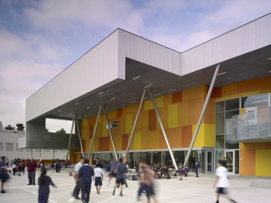 St. Thomas the Apostle School / Griffin Enright Architects © Benny Chan