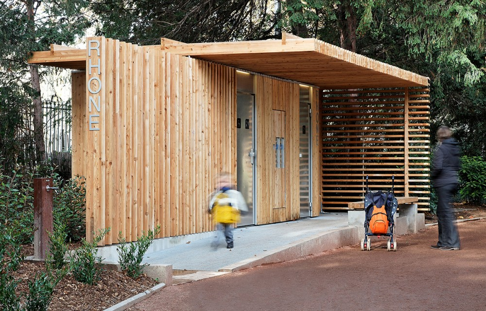 Public Toilets in the Tte d&#8217;Or Park / Jacky Suchail Architects