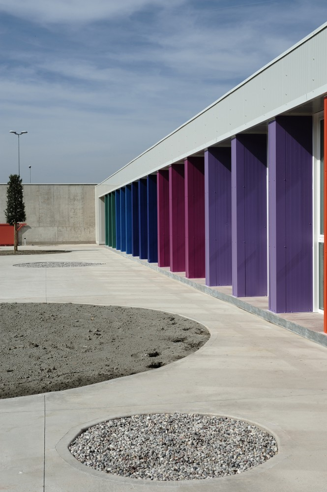 Pencil Box / Paolo Didon, Sergio De Gioia and Fabrizio Michielon