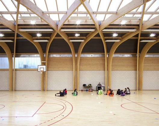 Gymnasium Rgis Racine / Atelier d&#039;Architecture Alexandre Dreyss  Clment Guillaume