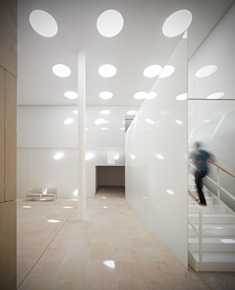 Zamora Offices / Alberto Campo Baeza
