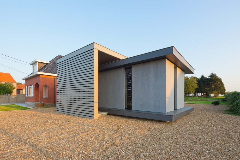 Low Energy Timber House / AST 77 Architecten