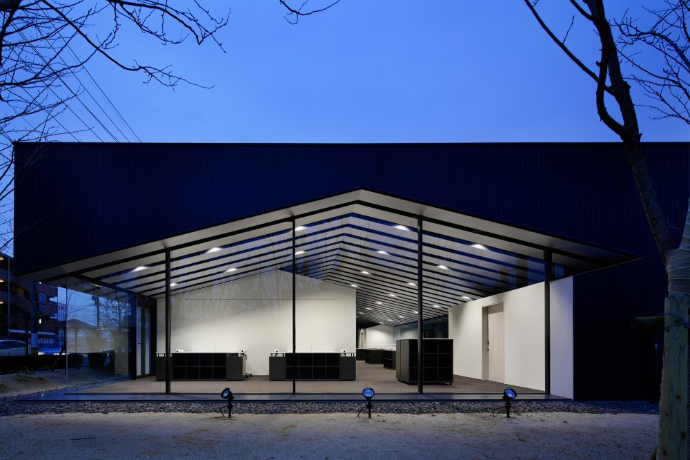 Office in Forest / SUGAWARADAISUKE