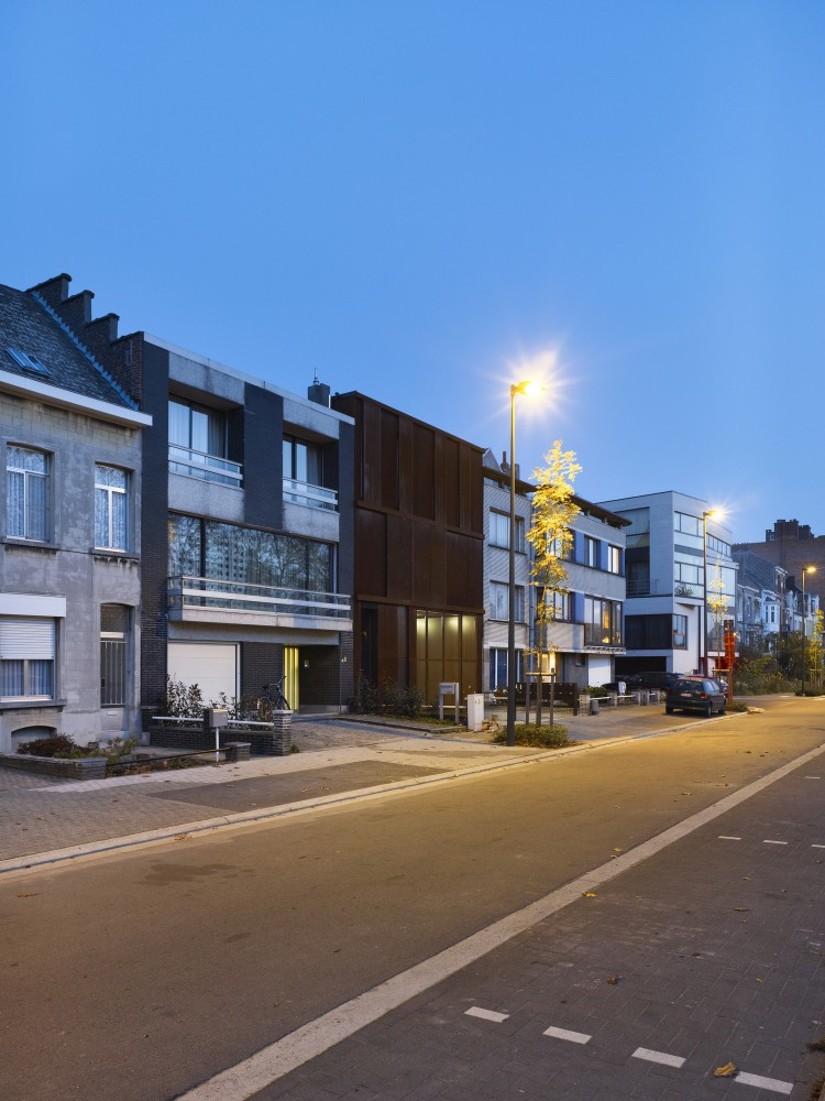 Apartments BUSO / dmvA Architecten