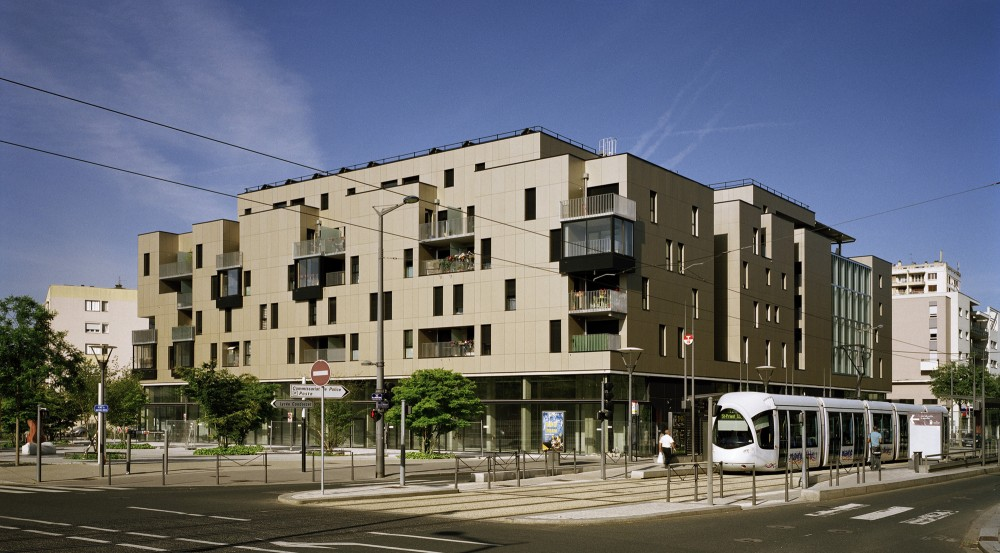62 Housing Units in the Mozart ZAC / Tectoniques Architects