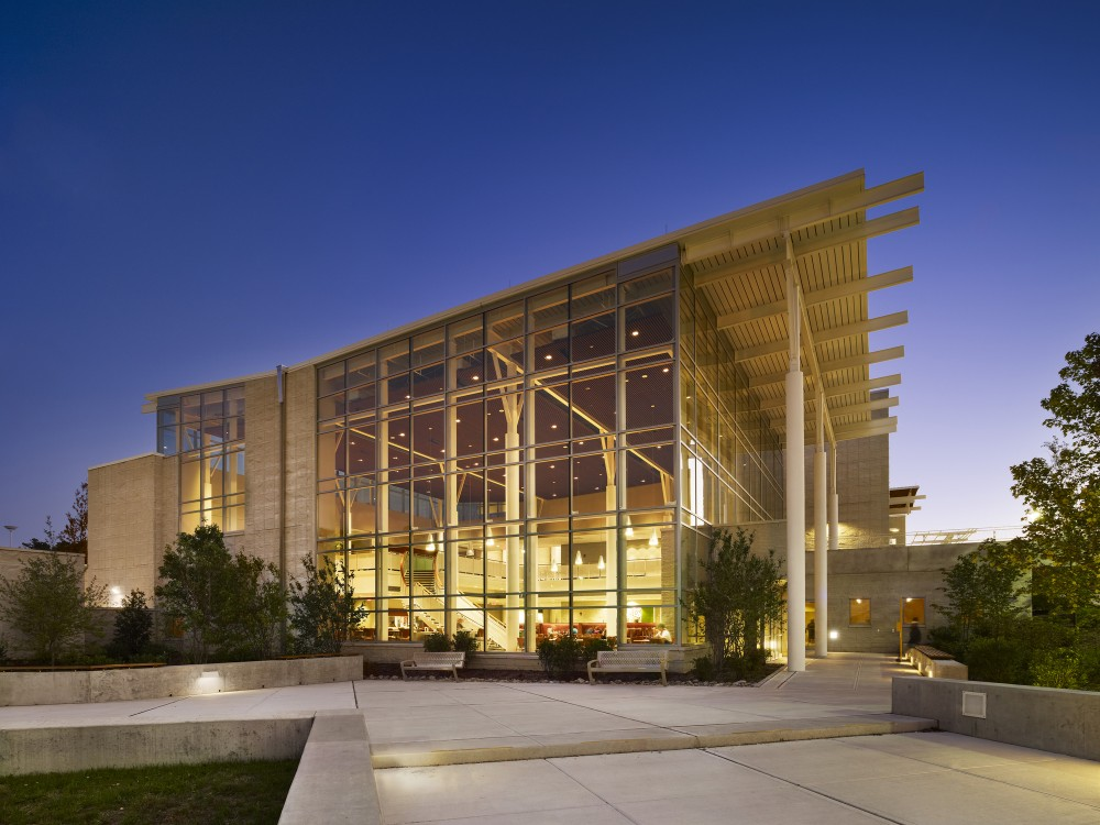 Stockton Campus Center / KSS Architects + VMDO Architects