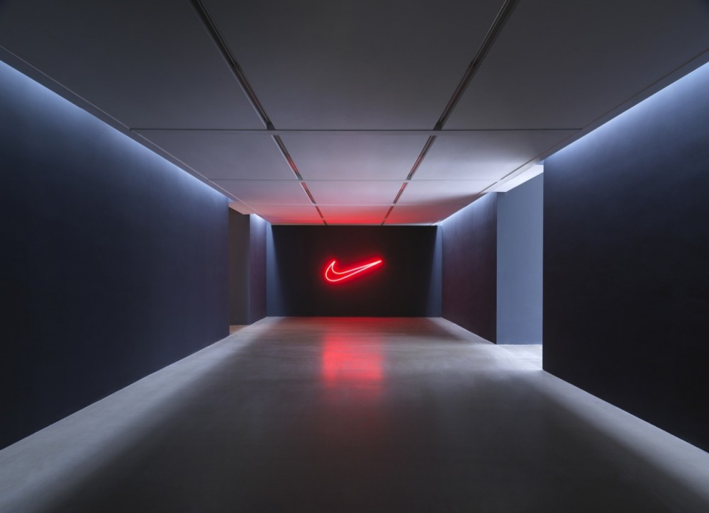 Nike Pop Up Showroom / Maggie Peng &#038; Albert Tien