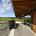 Meadow House / Ian MacDonald Architect © Tom Arban