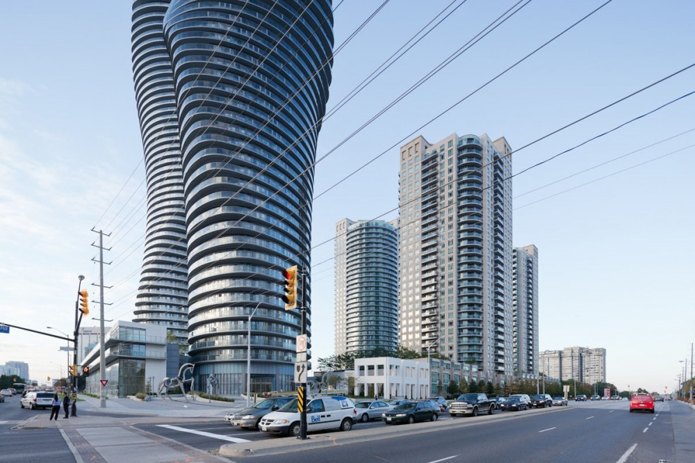 Absolute Towers / MAD Architects