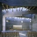 Iglesia doble para dos religiones / Kister Arquitectos Scheithauer brutos y urbanistas © Christian Richters