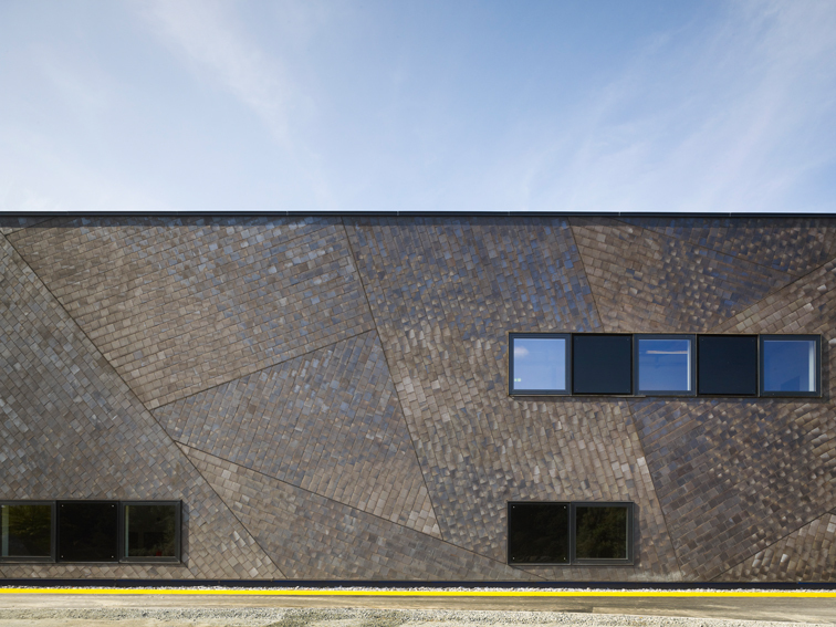 A Space Shuttle for Bremen / Kister Scheithauer Gross Architects + Architekten BDA Feldschnieders + Kister