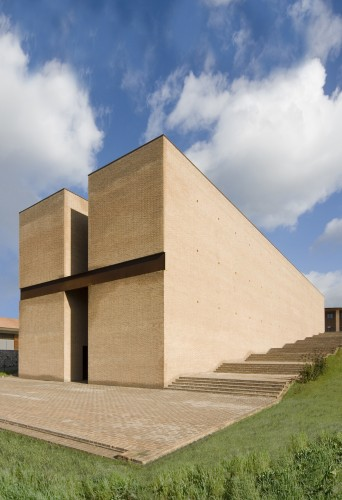 San Giovanni Church / Studio Zermani e Associati © Mauro Davoli