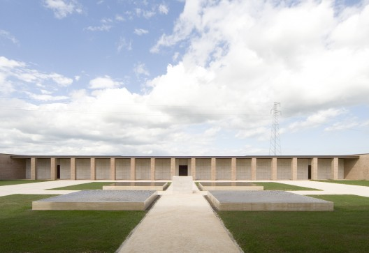 Crematory In Parma / Studio Zermani e Associati  Mauro Davoli