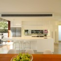 105 V House / Shaun Lockyer Architects © Scott Burrows