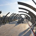Footbridge Over the Railways / DVVD | Architectes - Designers © Jean-Paul Houdry