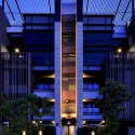Ritz Plaza Housing Complex / Chin Architects © Jeffrey Cheng