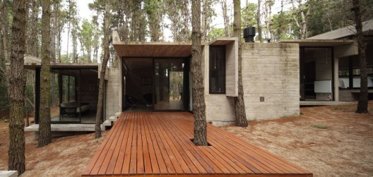 AV House / BAK Architects © Gustavo Sosa Pinilla