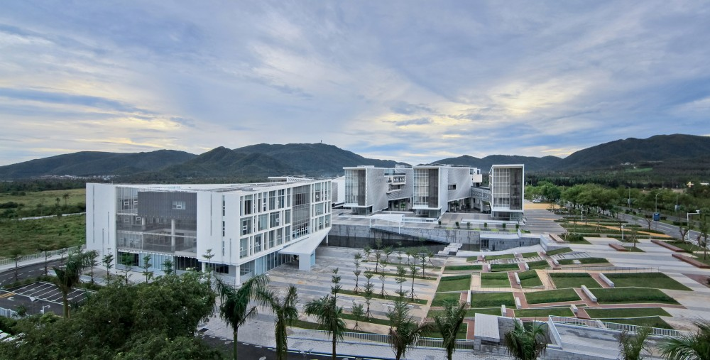 Yalong Bay Headquarters of COFCO / Zhubo Design Zstudio