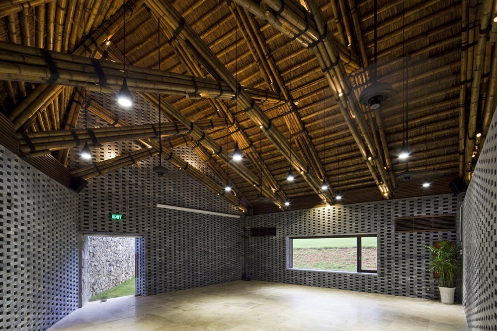 Dai Lai Conference Hall / Vo Trong Nghia Architects