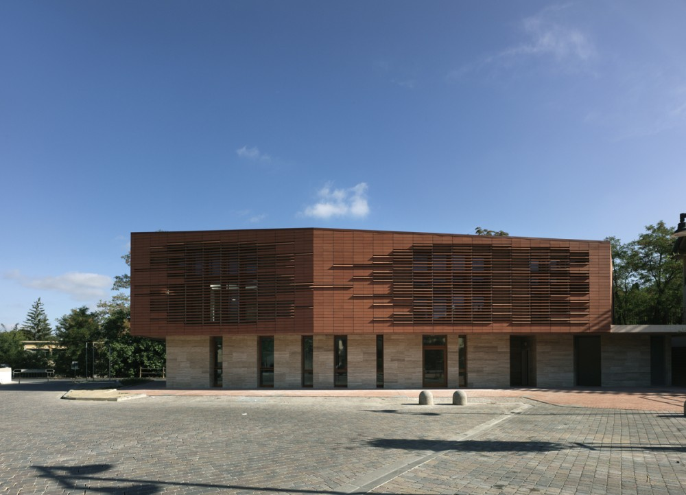 Municipal Library of Greve / MDU Architetti