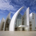 Richard Meier Celebrates Fifty Years of Architecture (9) The Jubilee Church © Scott Frances