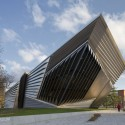 Photography: Eli & Edythe Broad Art Museum at MSU (2) © Brad Feinknopf