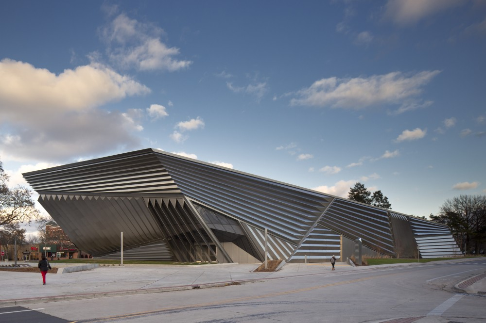 Eli &#038; Edythe Broad Art Museum / Zaha Hadid by Brad Feinknopf