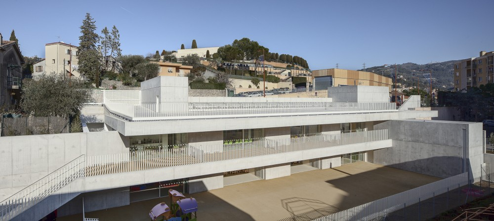 Children's Day Care Center in La Trintite / CAB Architects