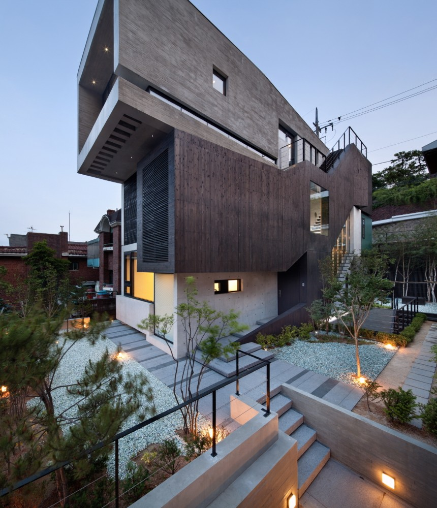 H-House / BANG by MIN – Sae Min Oh
