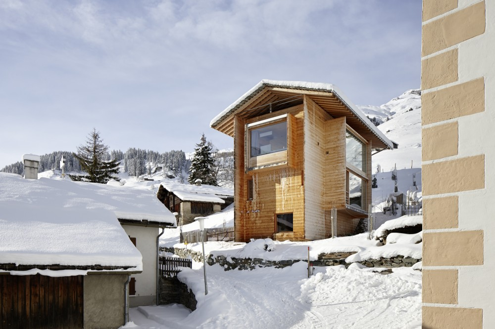 http://ad009cdnb.archdaily.net/wp-content/uploads/2013/01/50e72f90b3fc4b10a30000bc_zumthor-vacation-homes-for-let_zumthor_leis__06-1000x666.jpg