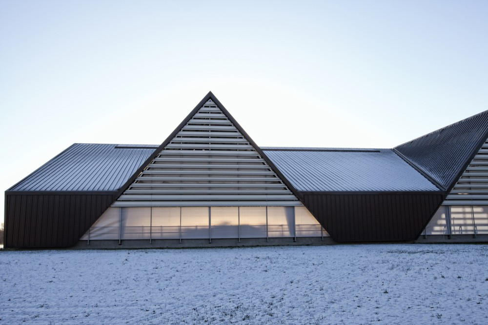 Vejlskovgaard Stable / LUMO Architects