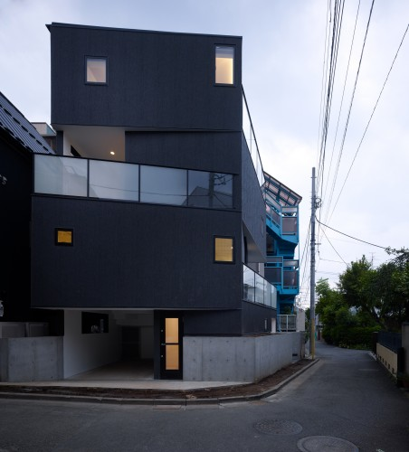 Tokyo Balconies / KINO Architects  Daici Ano