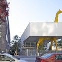 Giraffe Childcare Center / Hondelatte Laporte Architectes  Philippe Ruault